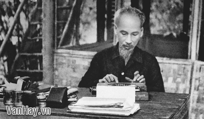 Tình cảm nhân đạo được biểu hiện trong Nhật ký trong tù của Hồ Chí Minh