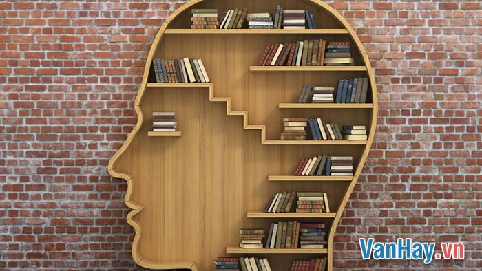 Vì sao có thể nói văn học chân chính có khả năng nhân đạo hóa con người? Liên hệ với thực tế văn học